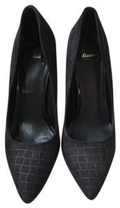 Bata Black Pumps