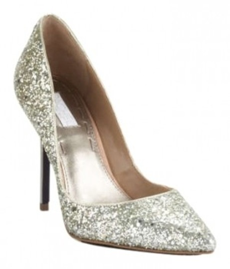 Preload https://item4.tradesy.com/images/rachel-roy-silver-markaya-formal-shoes-size-us-8-193418-0-0.jpg?width=440&height=440