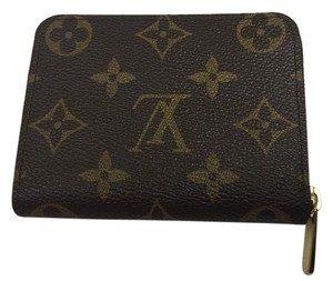 Louis Vuitton Louis Vuitton Canvas Zippy Coin Purse Gold hardware
