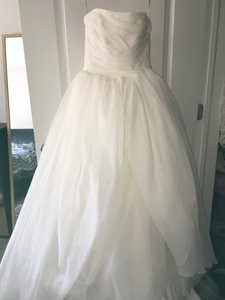 White By Vera Wang Vw351178 White By Vera Wang Organza Wedding Dress Wedding Dress