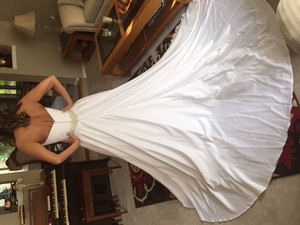 Allure Bridals Allure Bridals Brand New A Line Gown In White Wedding Dress