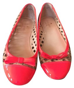 Kate Spade Hot pink and nude. Flats
