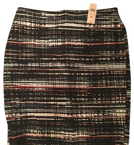 Ann Taylor Skirt Black with pattern