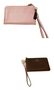 Coach Coach Pebble Leather Double Corner Zip LG WRISTLET