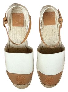 Tory Burch Natural/Royal Tan/Ttirrup 142 Flats
