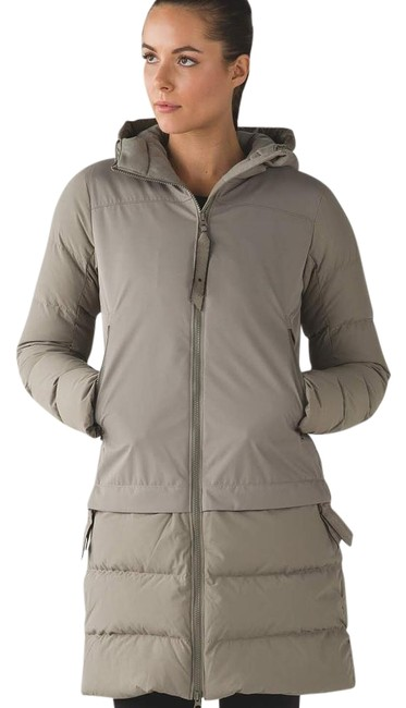 Preload https://img-static.tradesy.com/item/19346679/lululemon-soft-earth-cold-as-fluff-parkasubzero-activewear-jacket-size-4-s-27-0-2-650-650.jpg