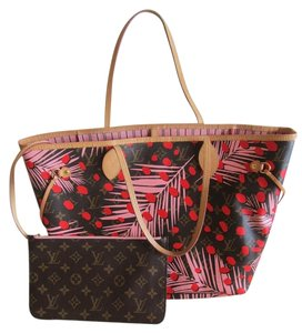 Louis Vuitton Neverfull Tote in Monogram Sugar Pink Poppy