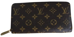 Louis Vuitton Zippy Wallet $50 Off With Code
