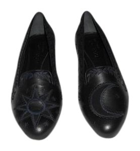 Alexander McQueen Sun & Moon Design Striking Black Flats