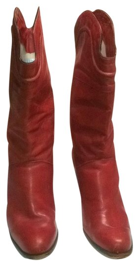 Preload https://item4.tradesy.com/images/vero-cuoio-red-bootsbooties-size-us-7-regular-m-b-19348153-0-2.jpg?width=440&height=440