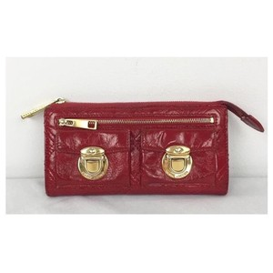 Marc Jacobs MARC JACOBS Red Patent Leather Gold Pushlock Clutch Wallet!