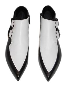 MCQ by Alexander McQueen Spat Design Made In Italy Black/White Boots