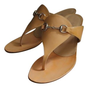 Gucci Leather European Camel Sandals