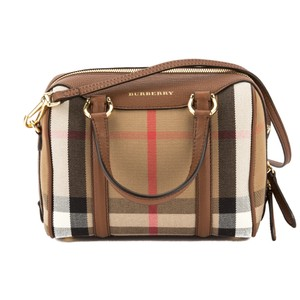 Burberry 3182002 Tote