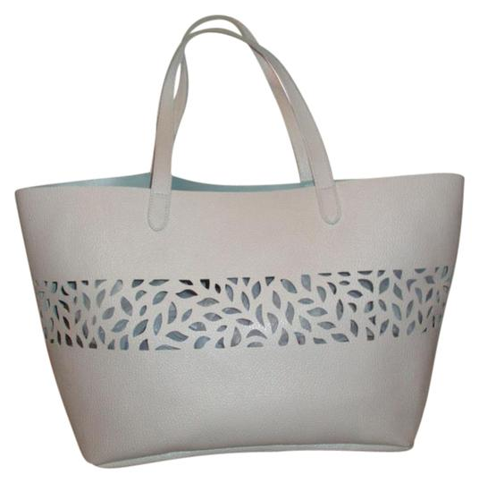 Preload https://item3.tradesy.com/images/faux-leather-white-man-made-tote-19350052-0-2.jpg?width=440&height=440