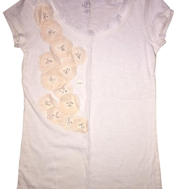 Preload https://img-static.tradesy.com/item/19350980/ann-taylor-loft-white-floral-applique-fitted-tee-shirt-size-petite-0-xxs-0-1-650-650.jpg