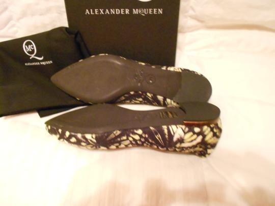 MCQ by Alexander McQueen Chic Design Made In Italy Multicolor Flats