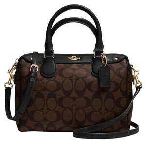 Coach Satchel in Black / Brown