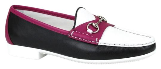 Preload https://img-static.tradesy.com/item/19351196/gucci-black-white-magenta-1071-horsebit-women-s-rafer-leather-loafer-moccasins-34us-4-338358-flats-s-0-1-540-540.jpg