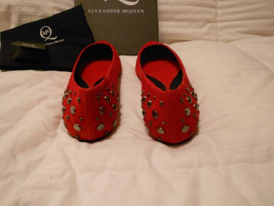 MCQ by Alexander McQueen Chic Design Made In Italy Red Flats