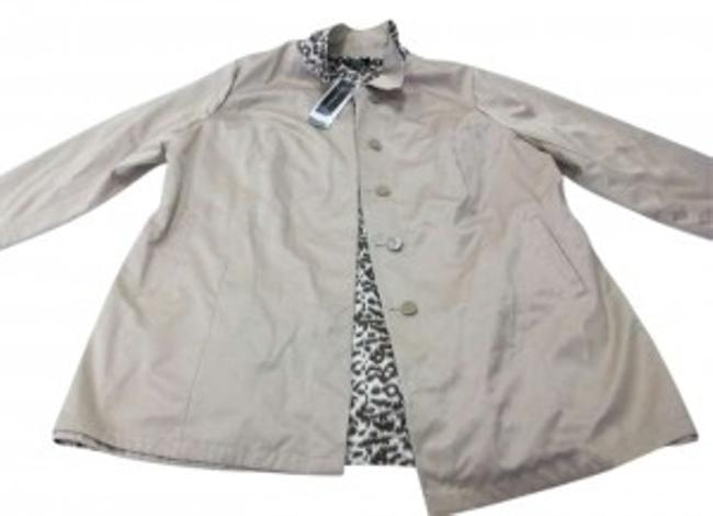 Preload https://item4.tradesy.com/images/dennis-basso-beige-and-leopard-print-reversible-raincoat-size-26-plus-3x-193513-0-0.jpg?width=400&height=650