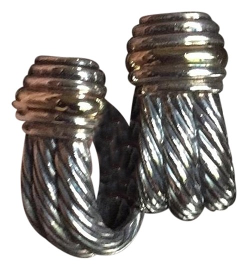 Preload https://img-static.tradesy.com/item/19351413/david-yurman-silver-earrings-0-2-540-540.jpg