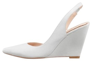 Pour La Victoire Maira Wedge Victorie Wedge Iced Pumps
