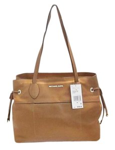 Michael Kors Next Day Shipping Tote in Acorn