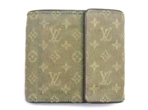 Louis Vuitton Monogram Mini Canvas Trifold Wallet France