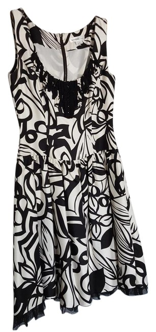 Preload https://img-static.tradesy.com/item/19352141/kensie-black-and-white-printed-mid-length-night-out-dress-size-2-xs-0-1-650-650.jpg