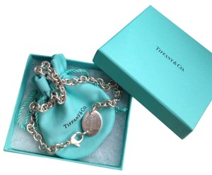 Tiffany & Co. Return to Tiffany Oval Tag