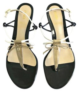 Fendi Thong Bow Strappy Patent Leather Black Sandals
