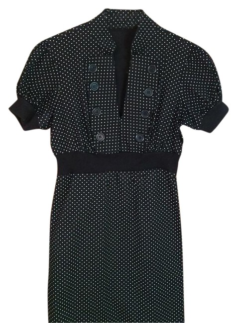 Preload https://img-static.tradesy.com/item/19352425/bebop-black-and-white-above-knee-workoffice-dress-size-4-s-0-1-650-650.jpg