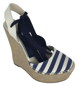 Gucci navy white Wedges