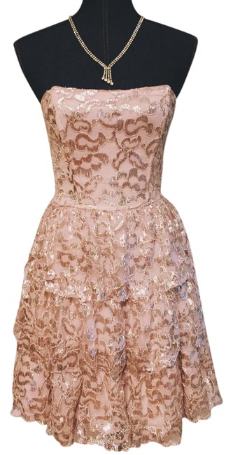 Ella Moss Champagne and Silver Cherie Knee Length Formal Dress Size 6 (S) Ella Moss Champagne and Silver Cherie Knee Length Formal Dress Size 6 (S) Image 1