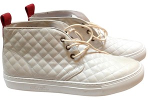 Del Toro White Athletic