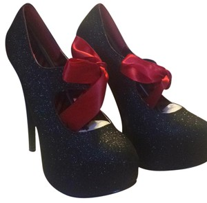 Bordello Black Platforms