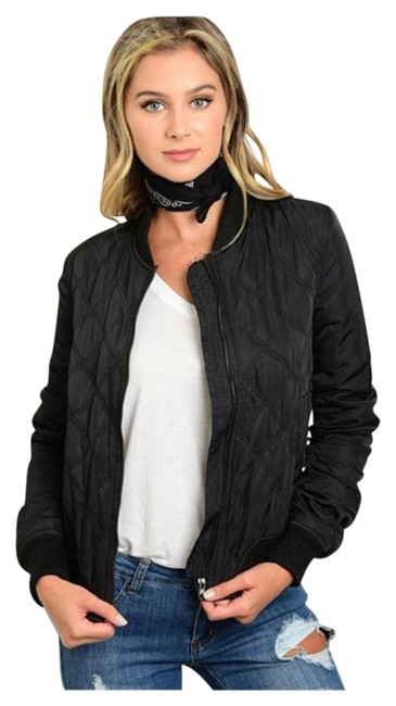 Preload https://img-static.tradesy.com/item/19353708/black-new-quilted-bomber-small-medium-large-xl-spring-jacket-size-12-l-0-1-650-650.jpg