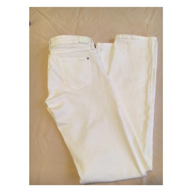 Preload https://item5.tradesy.com/images/guess-white-starlet-cigarette-straight-leg-jeans-size-28-4-s-19353744-0-0.jpg?width=400&height=650