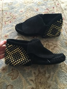 Steve Madden Black and studs Boots