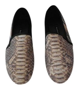 NewbarK Snake Pattern Comfortable Versatile Color Made In Usa Grey Flats