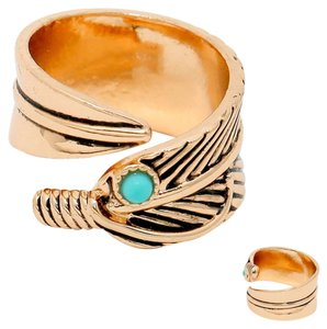 Pale Mango Niven Feather Ring