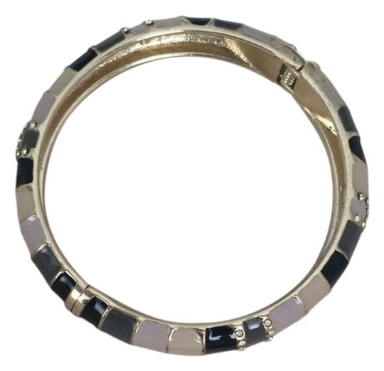 Preload https://img-static.tradesy.com/item/19354644/tommy-bahama-navy-gray-tan-enamel-bracelet-0-1-540-540.jpg