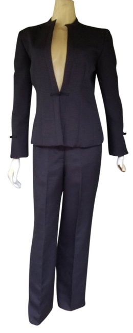 Preload https://item5.tradesy.com/images/larry-levine-black-square-quilted-asian-style-pant-suit-size-4-s-19354694-0-1.jpg?width=400&height=650