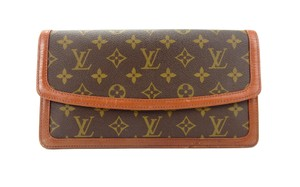 Louis Vuitton Pochette Pochette Dame Monogram Brown Clutch