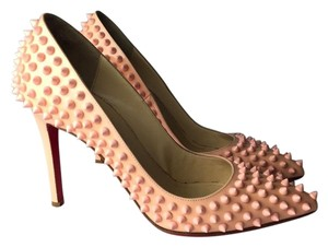 Christian Louboutin powder pink Pumps