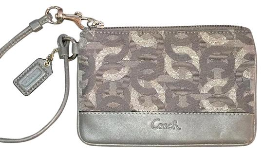 Preload https://item5.tradesy.com/images/coach-wallet-greysilver-clothleather-wristlet-19355114-0-1.jpg?width=440&height=440