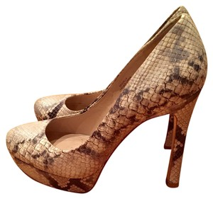Joan & David Snakeskin Beige and Black Pumps