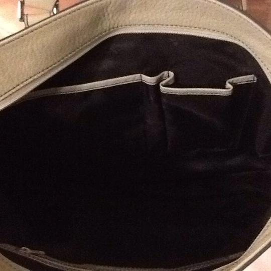 Kenneth Cole Tote in Light Grey