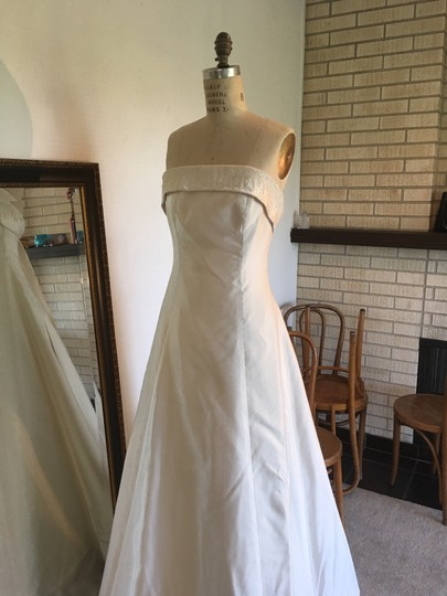 Peter Langner White Silk Mikado Silk Satin Strapless Aline Italian In Italy Strapless Modern Wedding Dress Size 8 (M)